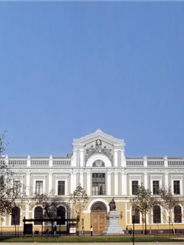 Debemos crear una nueva Universidad de Chile. Parece hoy una utopía.